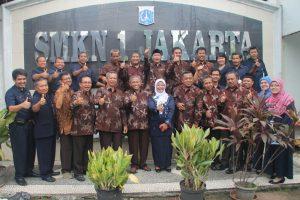 STUDI BANDING Forum komunikasi kepala sekolah SMA/SMK kabupaten Sumenep