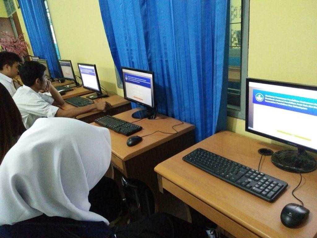 Peserta Test Online PKBM N 23 dan 15 Jakarta