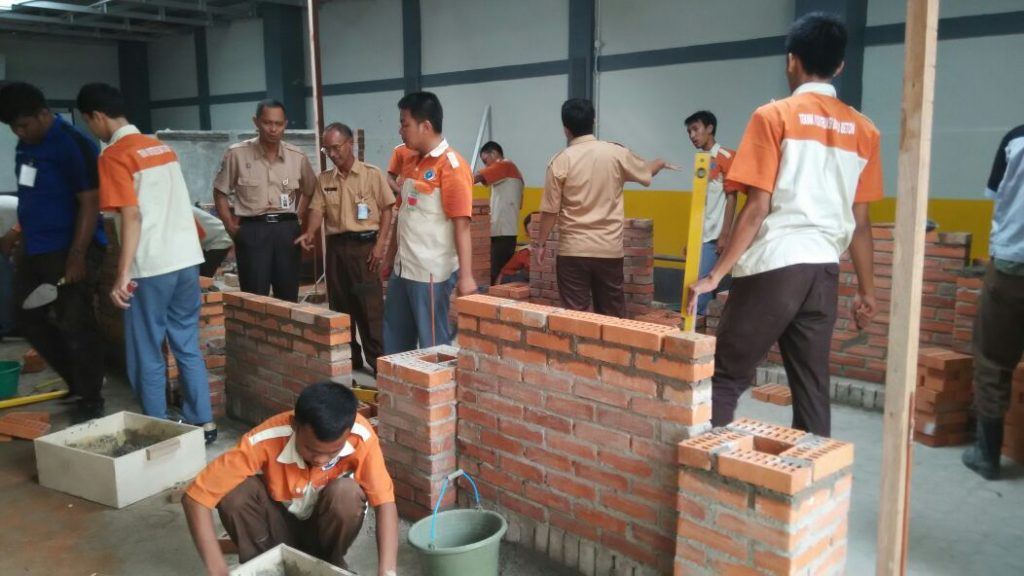 UKK Teknik Konstruksi Batu Beton (TKBB)