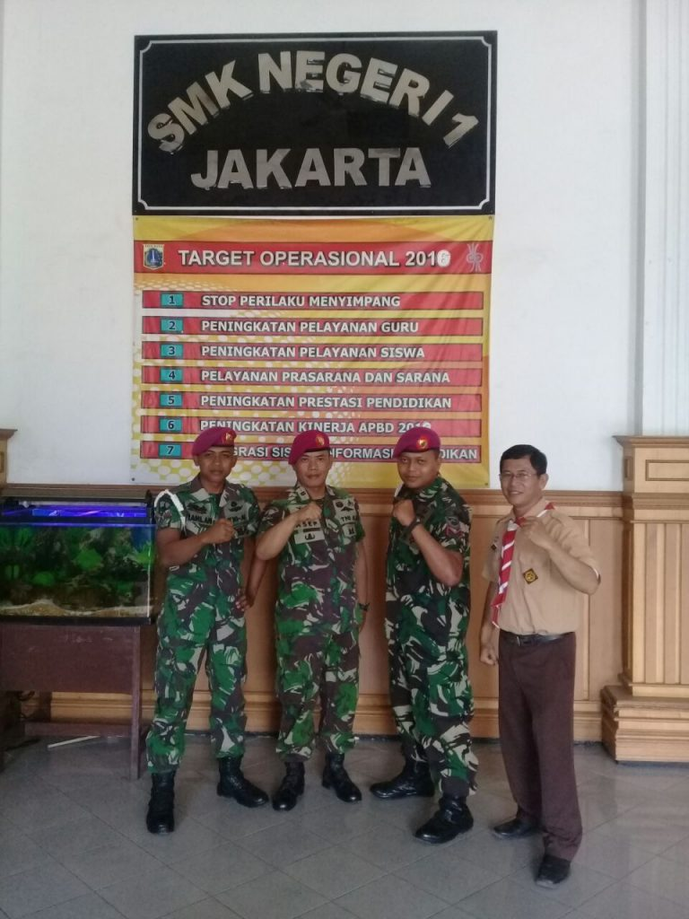 Pembina (Sri Raharjo)dengan TNI