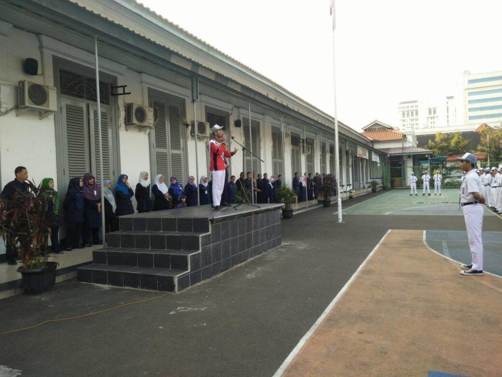 Duta MusPen SMK Negeri 1 Jakarta Memberikan Sambutan dan Pengalaman Diklat Kepada Keluarga Besar SMK Negeri 1 Jakarta.